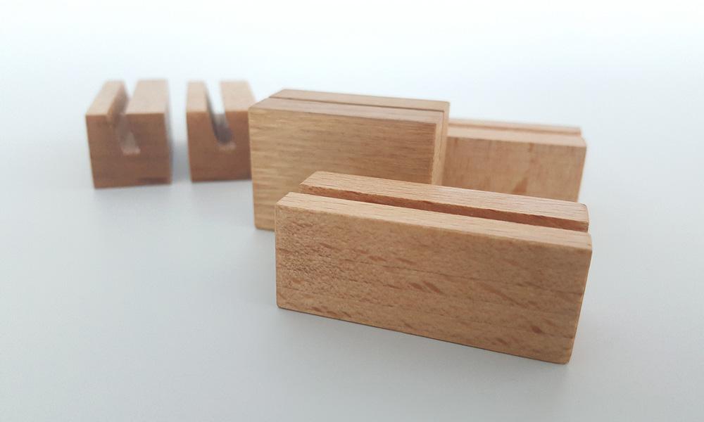 Деревянный ценникодержатель, подставка для ценника из дерева